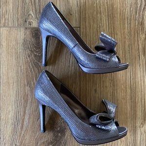 🎀 Moda Spana Silver Heels with Bow 🎀
